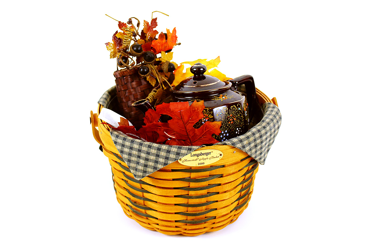 Stop & Shop, Vintage Longaberger Basket with Teapot